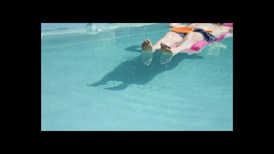 Video Správnou údržbu bazénu popisuje Vlastimil Zhoř