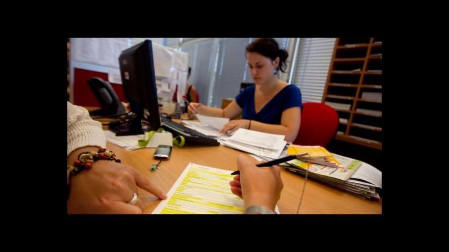 Video Stát plánuje omezit daňové odpočty u investičního pojištění