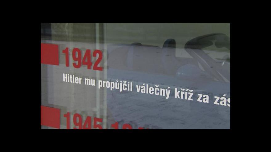 Video Vratislavická knihovna se stěhuje do bývalého památníku Ferdinanda Porscheho