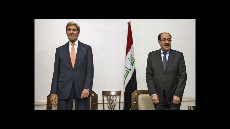 Video Ministr Kerry přiletěl do Iráku