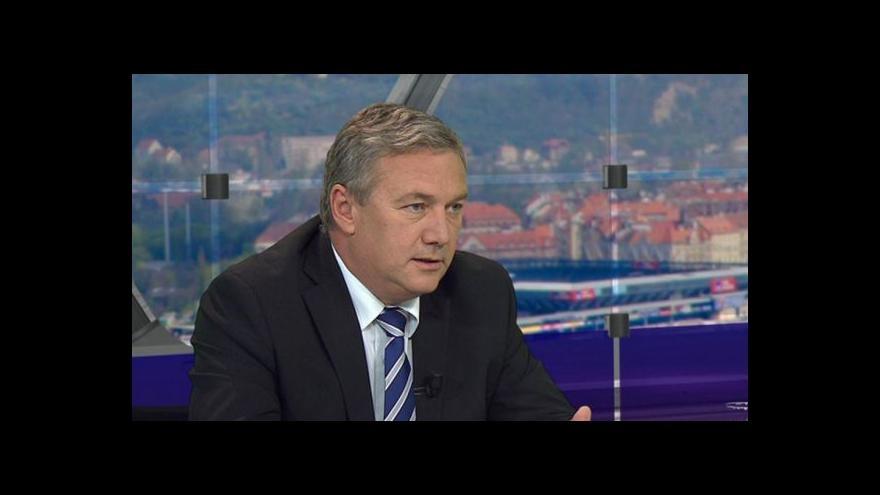 Video Otázky Václava Moravce s Antonínem Prachařem