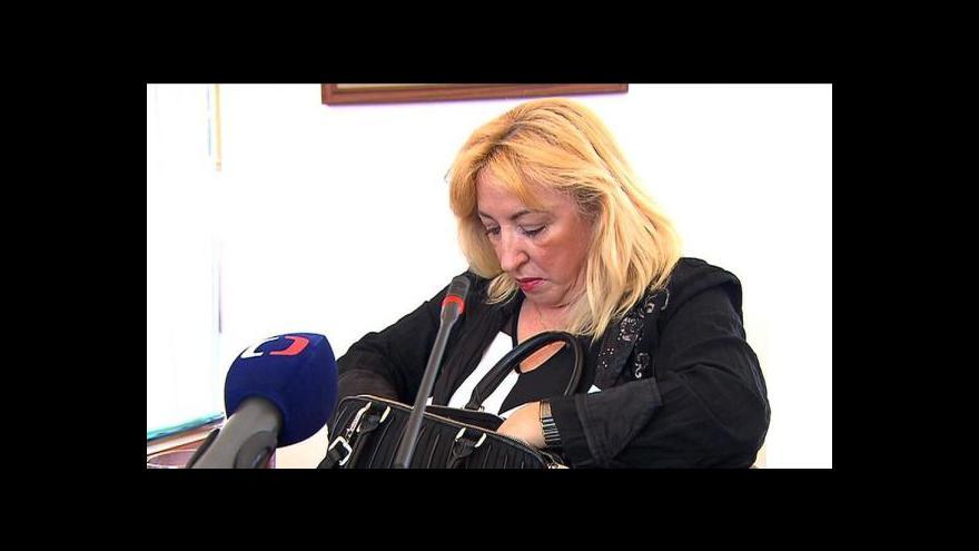 Video Poslanci kritizují postup žalobkyně v kauze Opencard