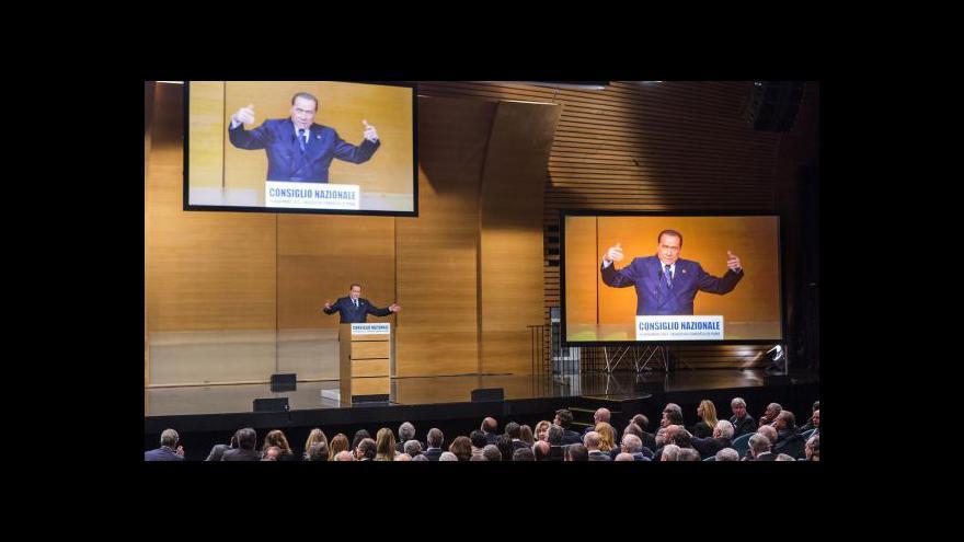 Video Berlusconi dál odmítá vinu v sexuální aféře