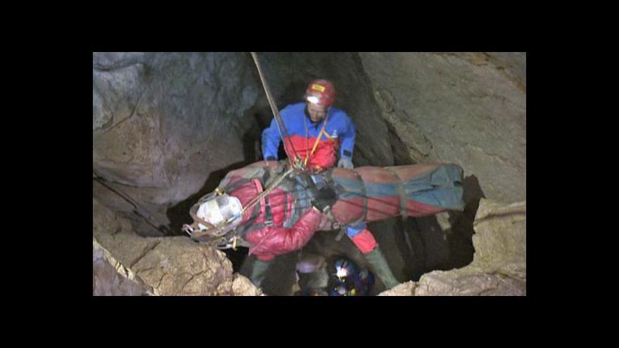 Video Horizont 24: Drama v německé jeskyni skončilo šťastně