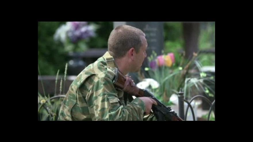 Video Události, komentáře: Rebelové ignorují Porošenkův plán
