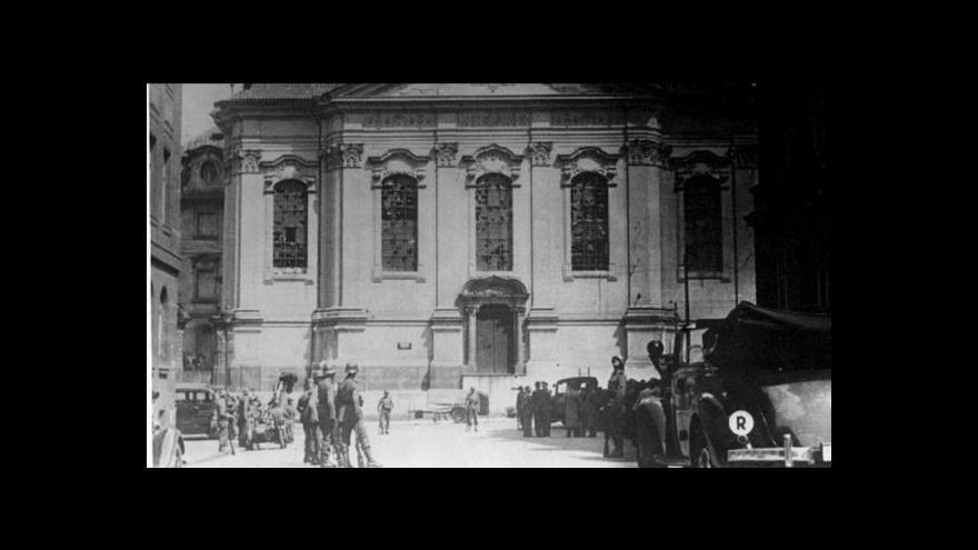 Video Historik k atentátu na Heydricha: Hranice mezi statečností a zbabělostí jsou tenké