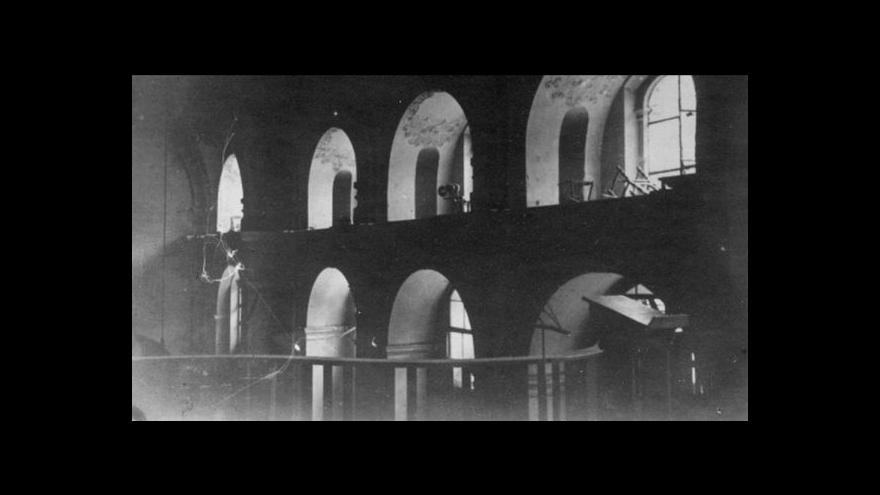 """Video Podívejte se: Cyklus ČT """"Heydrich"""" o posledních chvílích parašutistů"""