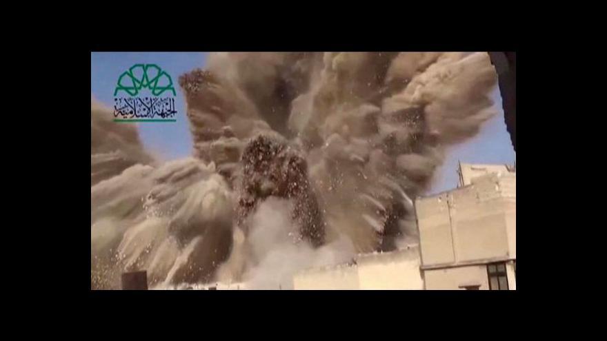 Video Povstalci útočí v Aleppu z podzemí
