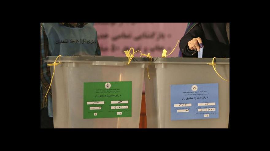 Video Prezidentské volby v Afghánistánu skončily