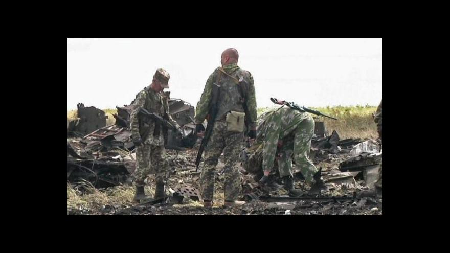 Video Povstalci v Luhansku sestřelili vojenské dopravní letadlo