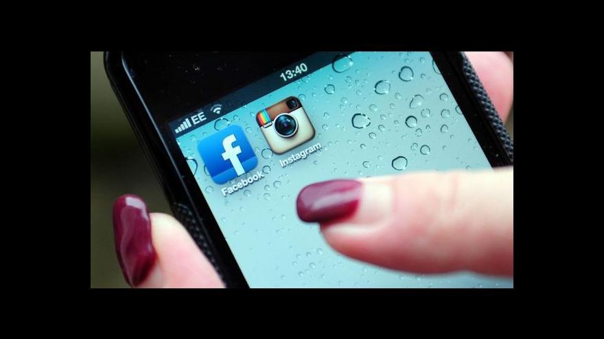 Video Závislost na telefonu - nemůžeme bez něj být