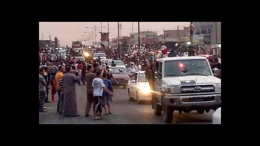 Video Iráčtí rebelové dobyli další města a postupují k Bagdádu