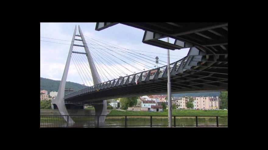 Video Spor o doplatek za Mariánský most jde do dalšího kola