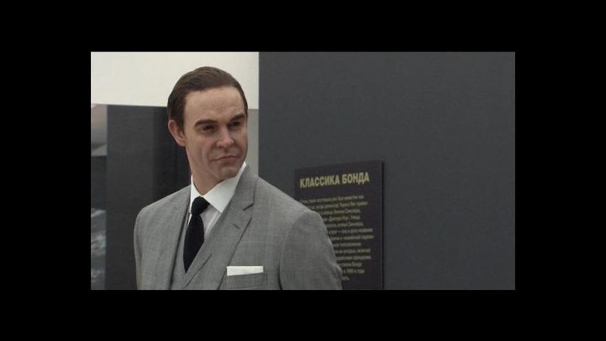 Video James Bond se prostřílel až do Moskvy