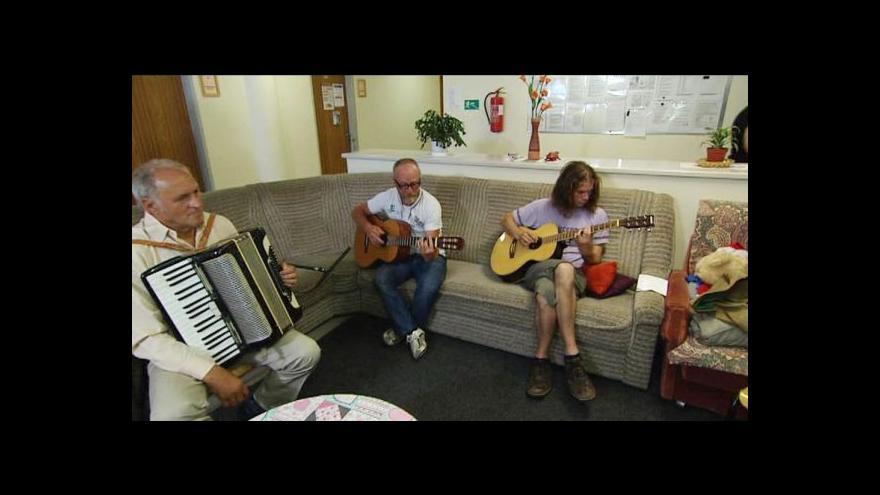 Video Večer zahrají hudebníci bez domova
