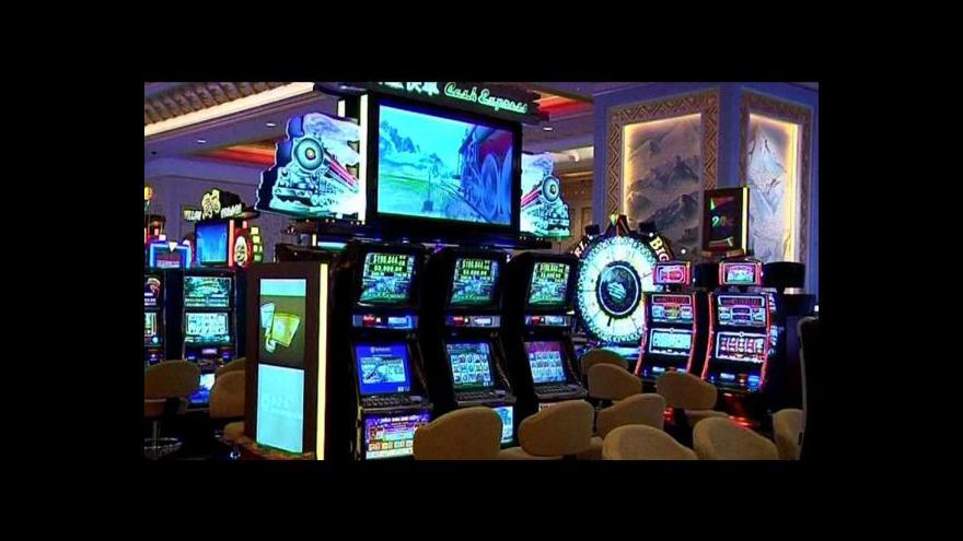 Video Tvrdě proti černému hazardu: Stát si posvítí na daňové úniky