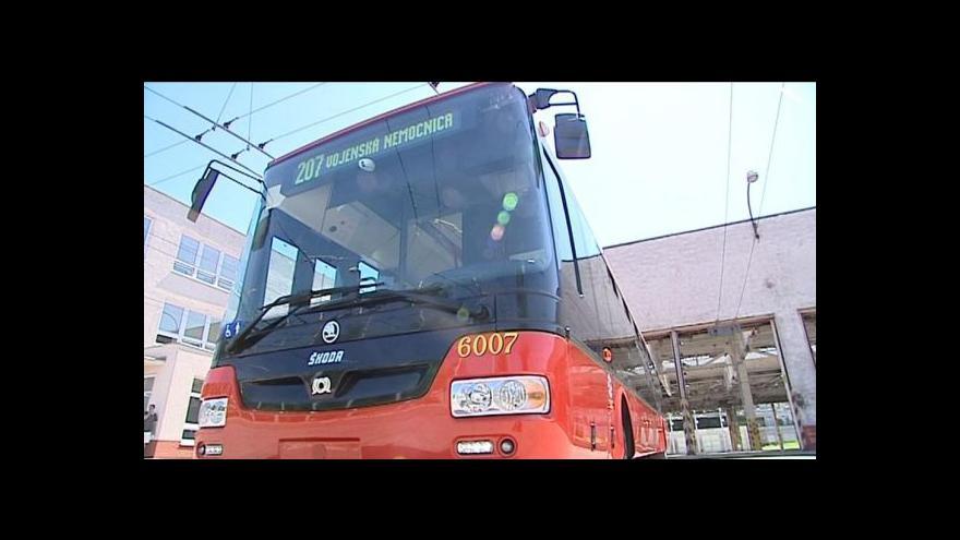 Video České trolejbusy brázdí bratislavské ulice