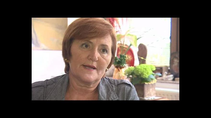 Video O bydlení v ubytovnách hovoří psychiatrička Marta Holanová