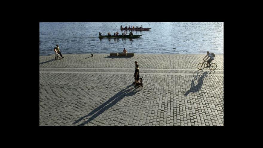 Video Akce na náplavce by se měly rozšířit na oba břehy