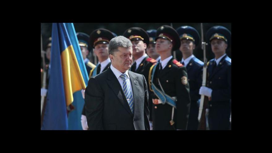 Video Opozice: Na Ukrajinu měl jet prezident nebo premiér