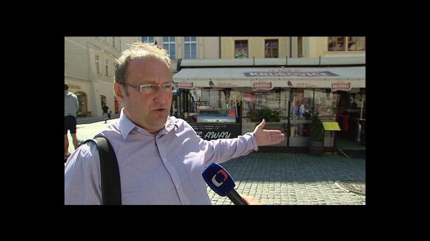 Video Nevkusné předzahrádky v Praze zůstávají