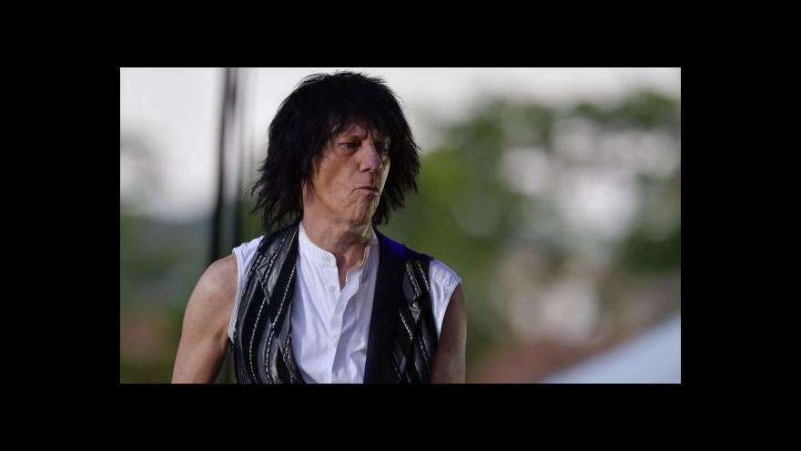 Video Jeff Beck zahrál v Praze