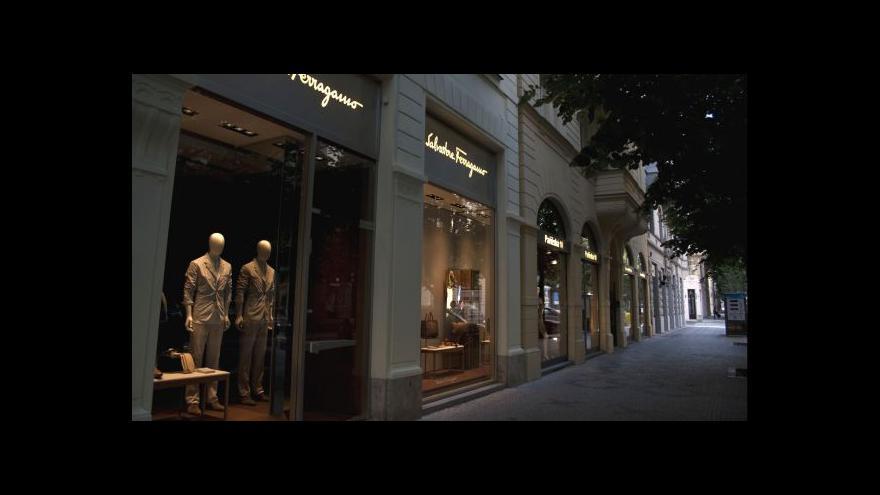 Video Ekonomika ČT24: Centrum Prahy přitahuje luxusní značky
