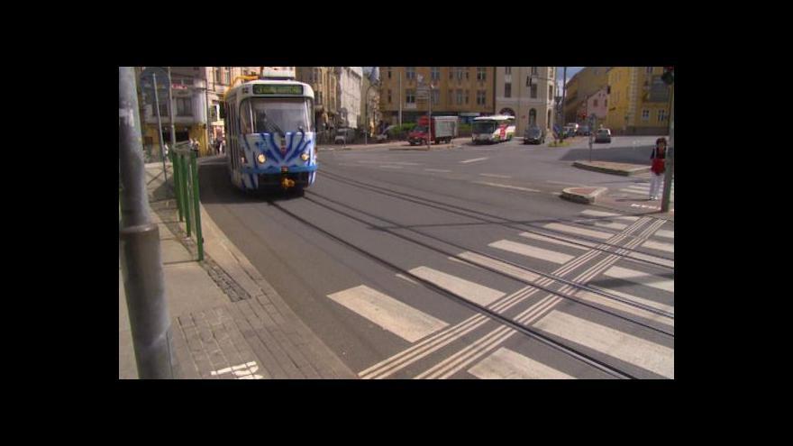 Video Město a správce semaforů nechtějí situaci napravit, pouze se o ní hádají