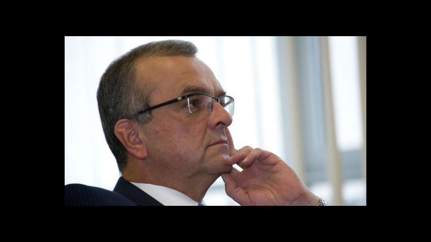 Video Kalousek ke komisi: Všichni byli pohoršeni, že se ptám na členství v KSČ