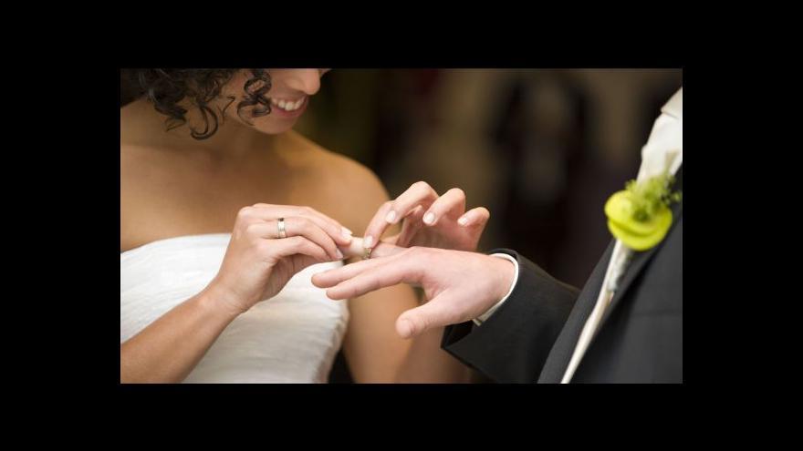 Video Demografka: Vazba sňatek – narození dítěte už není tak silná