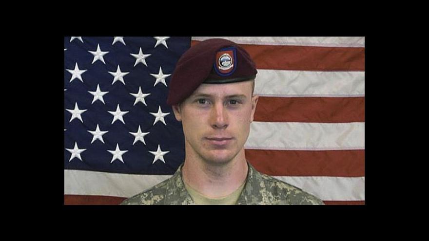 Video Taliban zveřejnil video s propouštěním Bergdahla