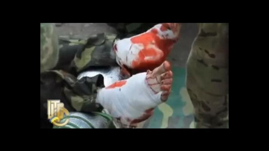Video Při ukrajinské ofenzivě zřejmě zemřely stovky lidí