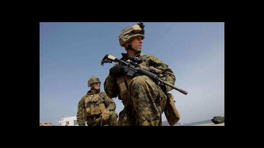 Video USA pošlou do Evropy víc vojáků