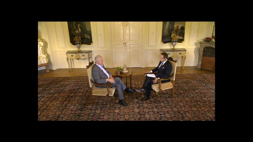 Video Prezidentské pochvaly i kritiky