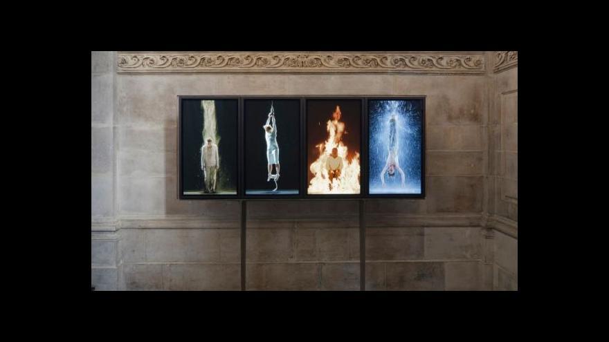 Video Tate vystavuje videoart v katedrále