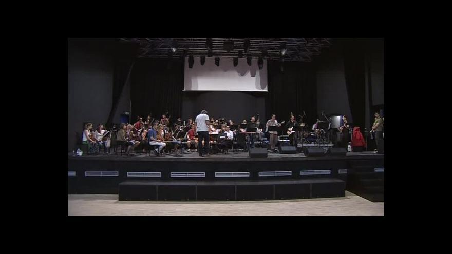 Video NO COMMENT: Metropolitní symfonický orchestr v Sono centru