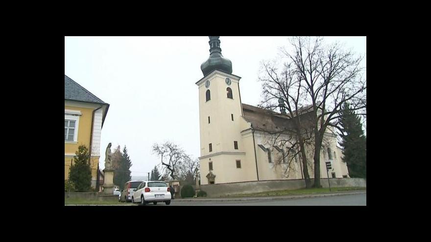 Video Sbírka na opravu kostela v Buchlovicích vybrala nejvíc peněz