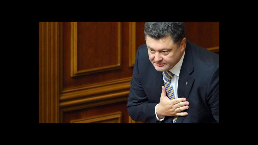 Video Závitkovská: Ukrajinci na Porošenka vsadili, protože ho znají