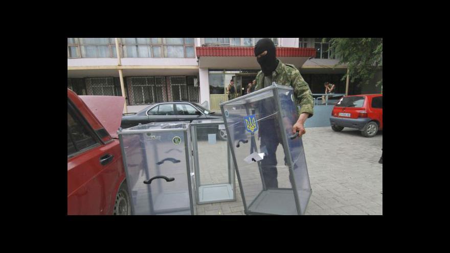 Video Východní Ukrajina posiluje plány na odtržení od Kyjeva