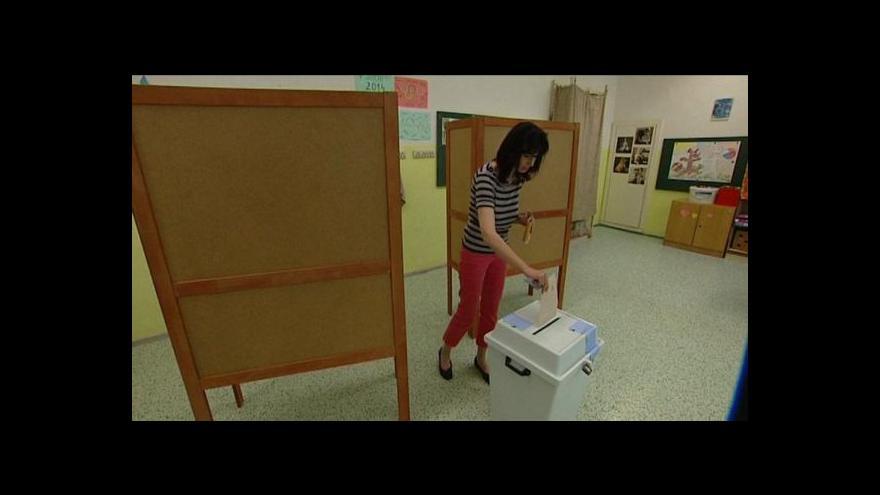 Video Svůj hlas vhodila do urny zatím jen desetina voličů