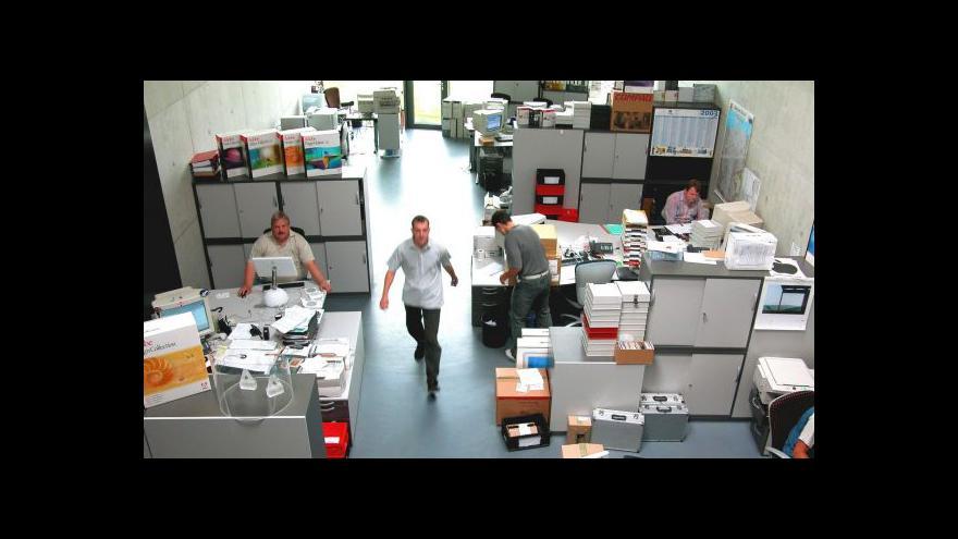 Video Fenomén střídání pracovních stolů - nahradí open space?