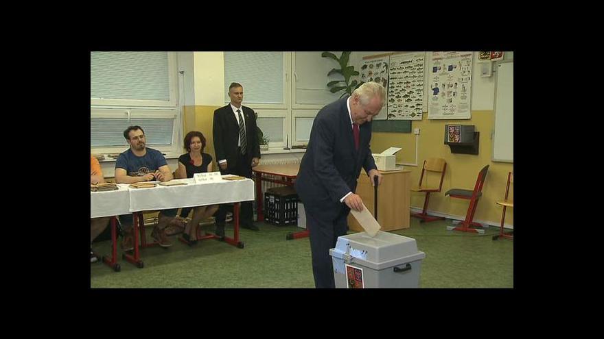 Video Zeman při volbě: Lidé Unii neberou vážně