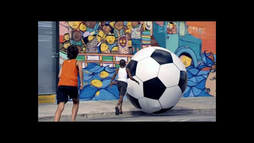 Video Brazílií zmítá chaos, organizace šampionátu vázne