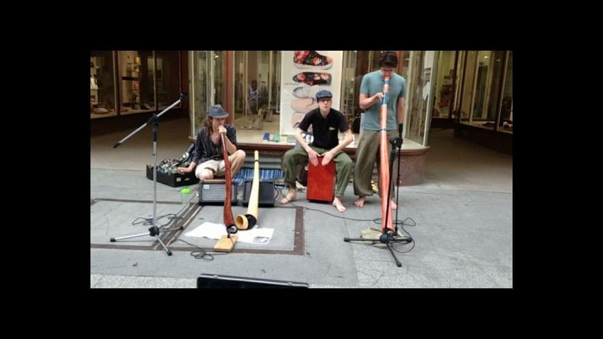 Video No comment: Pouliční hudebníci v Brně