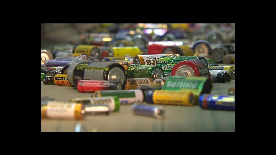 Video Použité baterie nepatří ani do popelnice