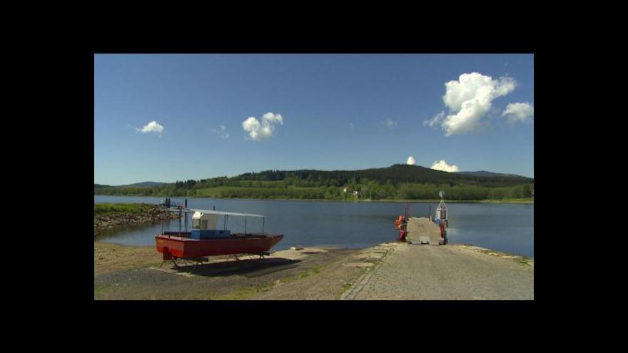 Video Šumavská správa chce místo lanovky postavit most přes Lipno