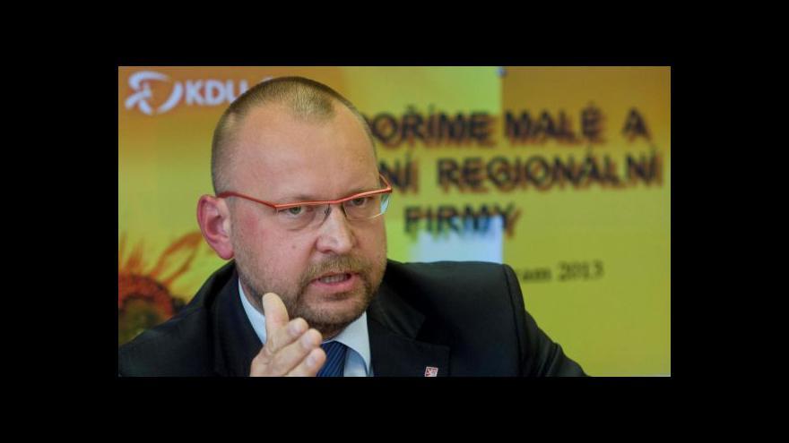 Video Bartošek: Služební zákon bude mít dopad na státní rozpočet v řádech miliard