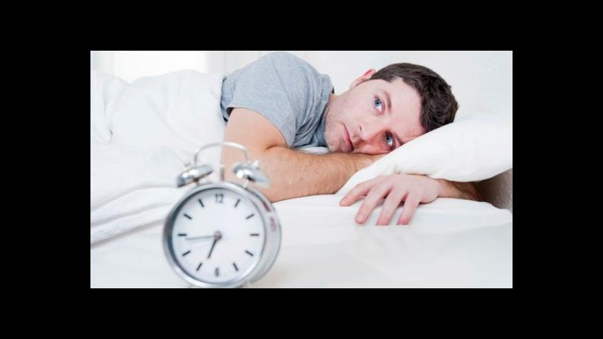 Video Každý druhý Čech trpí nějakou poruchou spánku