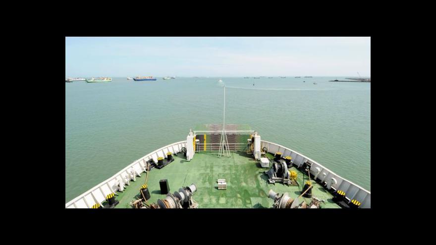 Video Čína evakuuje své krajany z Vietnamu