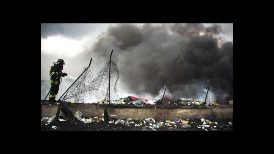 Video Obyvatelé Neapole v boji proti odpadkům